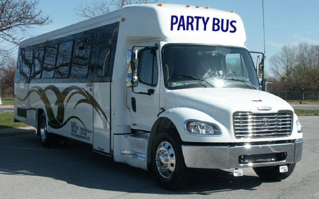 Boardy Barn - Party Bus