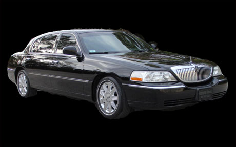 Lincoln Town Car - Limousine Wine Tours - Gold Star Limousine